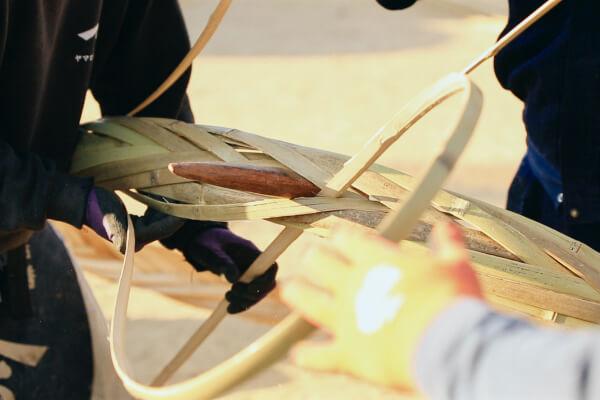 真竹を使用した箍(たが)作り
